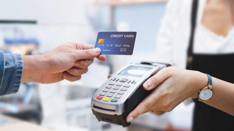 5 Gejala Kecanduan Menggunakan Kartu Kredit
